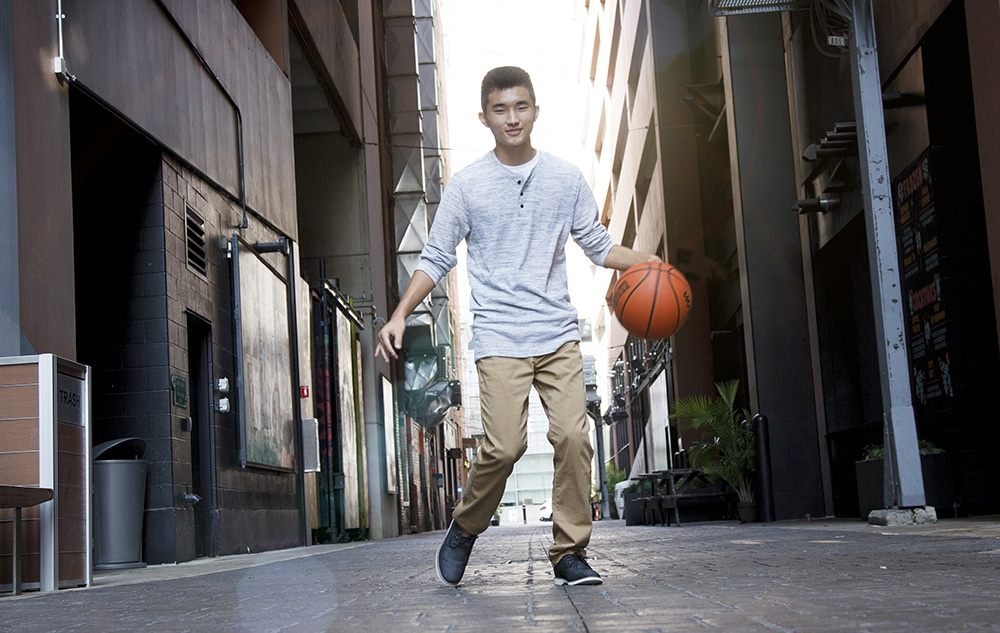 Basketball Senior Pictures - Detroit Photographers