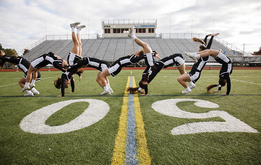 Cheerleading Tumbling Senior Pictures Photographer
