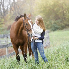senior pictures with horses 20131015a 1 280x280 - Home Page